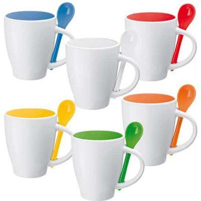 Mugs con cucharas de colores